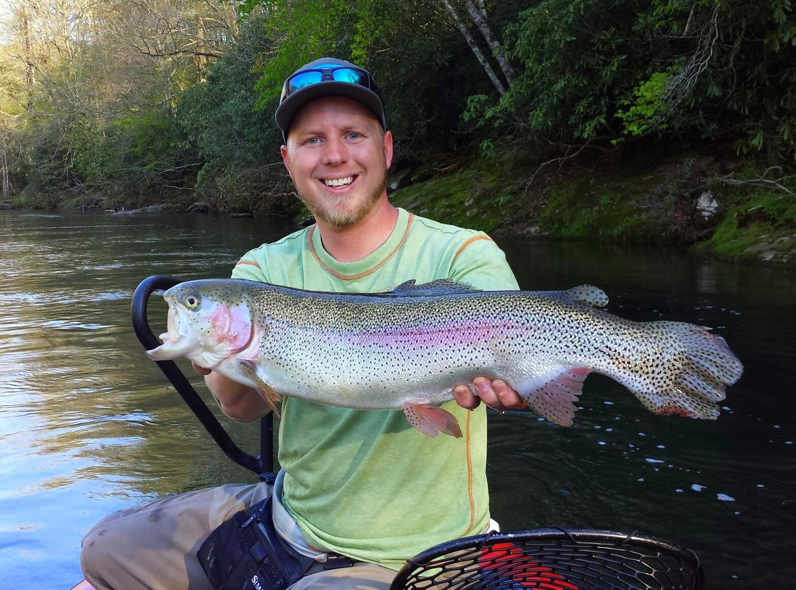 Float trip special guided drift boat fly fishing for trout for Tennessee trout fishing