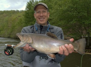 Fly fishing guides gatlinburg pigeon forge sevierville for Trout fishing in tennessee