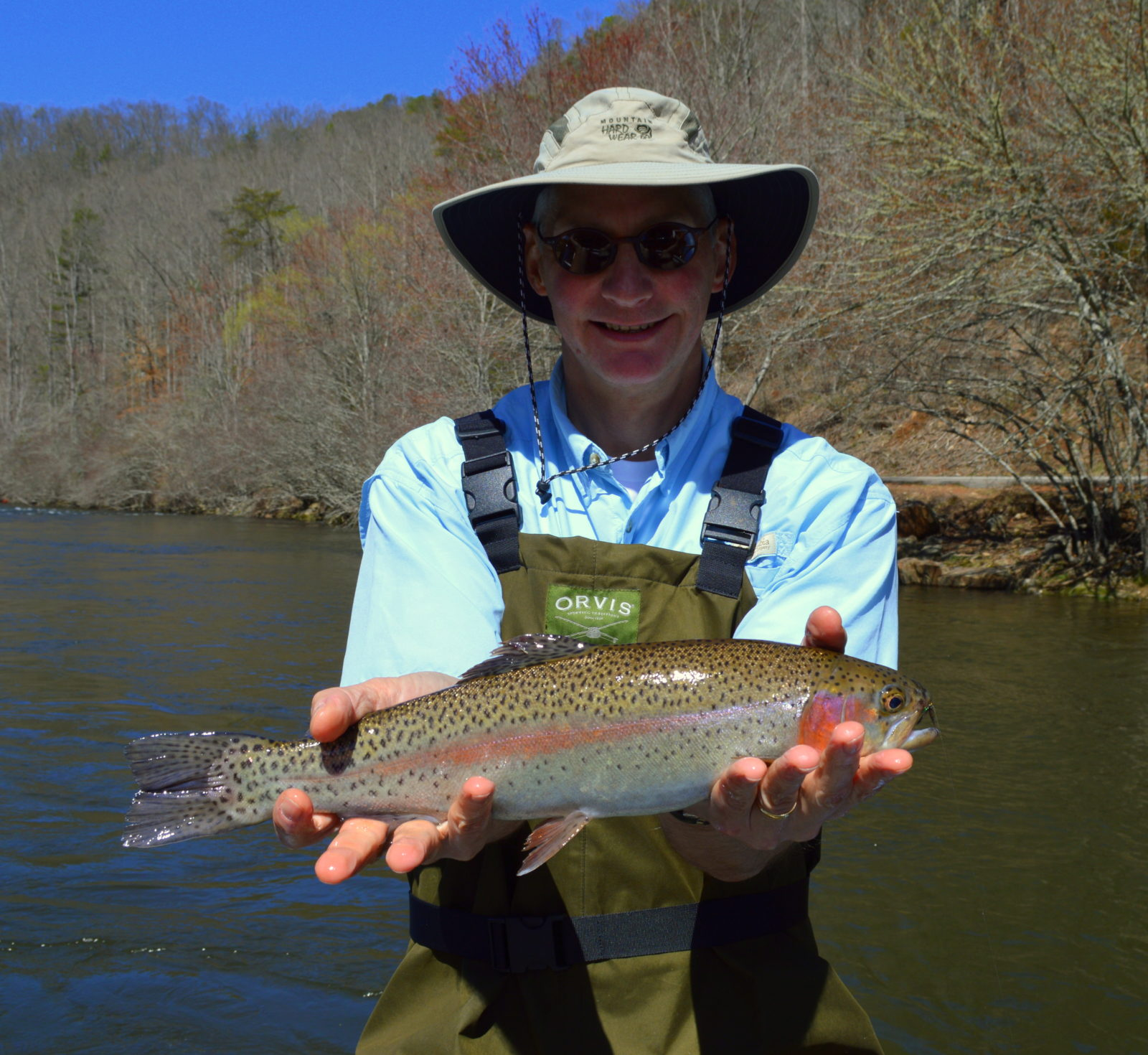 Tuckasegee river rainbow trout for Smoky mountain trout fishing