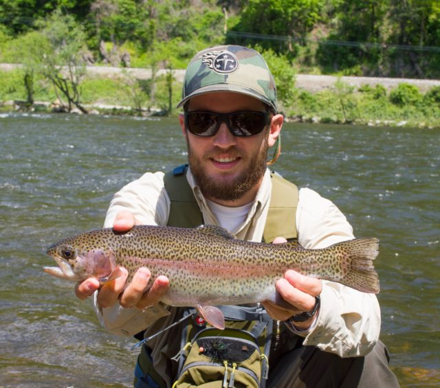 Fly fishing guides gatlinburg pigeon forge smoky mountains for Fishing in gatlinburg tn